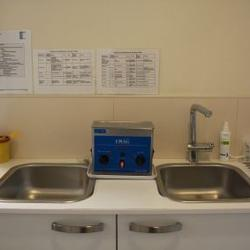 Desinfektion, Reinigung und Sterilisation der Instrumente